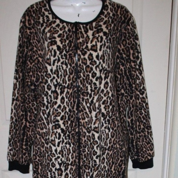 854624c360 Nick   Nora Footie One Piece Leopard Cat Pajamas